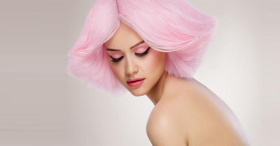 Кому подходит трендовый розовый цвет волос