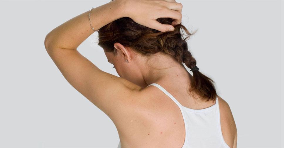 Жирная кожа головы и выпадение волос: как лечить, что делать?