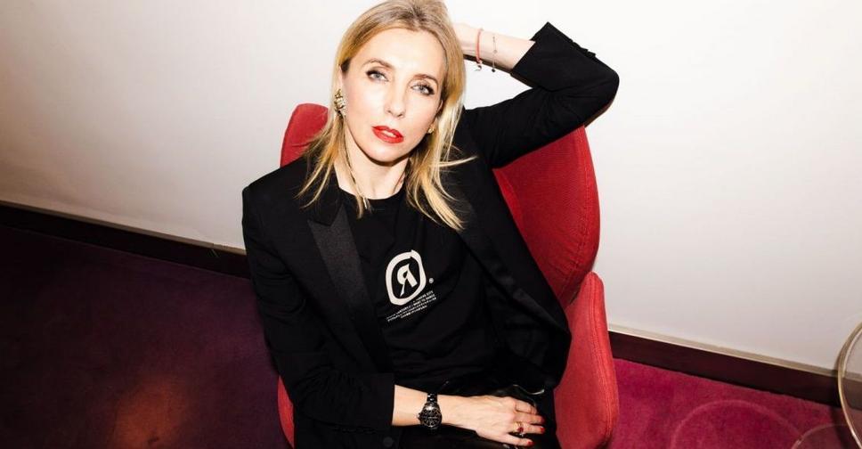 Светлана Бондарчук показала себя в образе брюнетки, и дала отпор хейтерам