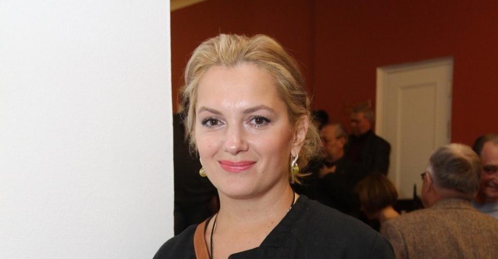 Мария Порошина решилась обрезать волосы