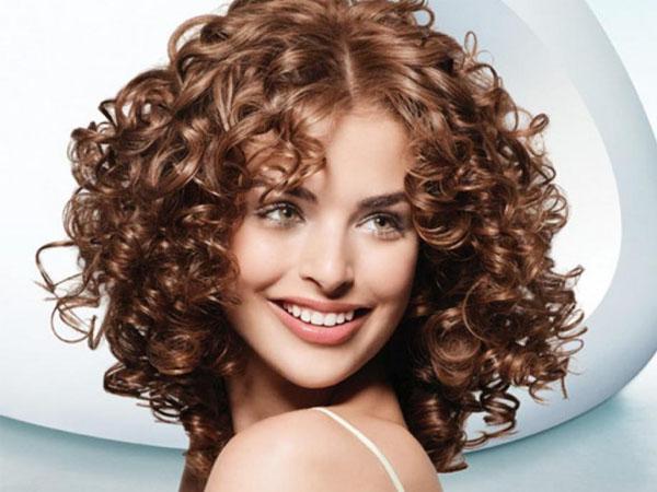 Советы, как ухаживать за волосами после карвинга: от мытья до сушки