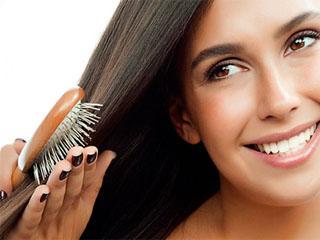 Какое масло помогает от выпадения волос