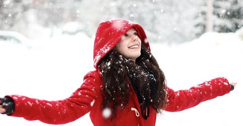 Особенности зимнего ухода за волосами: главные и обязательные правила