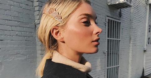 Эльза Хоск учит подписчиков носить заколку на волосах