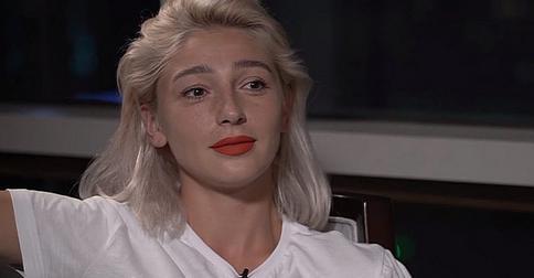 Настя Ивлеева удивила фанатов розовыми волосами и странным поведением