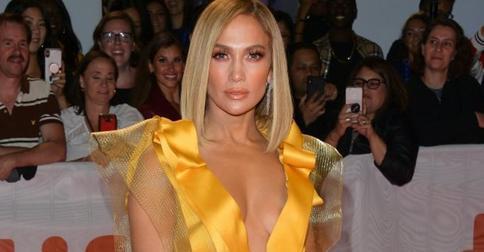 Дженнифер Лопес перед премьерой фильма «Стриптизерши» стала блондинкой