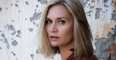 «Я за перемены»: Мария Машкова похвасталась новой стрижкой