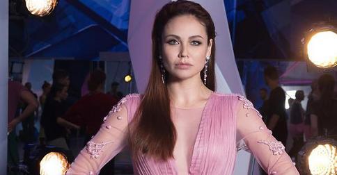 Фанаты Утяшевой наконец-то решили, какой цвет ей идет больше всего