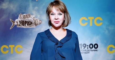 «Словно 10 лет сбросила!»: Елена Валюшкина решила изменить цвет волос